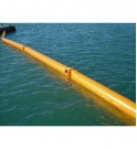 Barrera inflable GRINTEC, se usará para un despliegue rápida y limpieza de agua