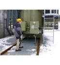 Ejemplo de las ventajas de la cubierta de rejilla resistente al fuego EXTICOV LHD sobre los guijarros, superficie antideslizante