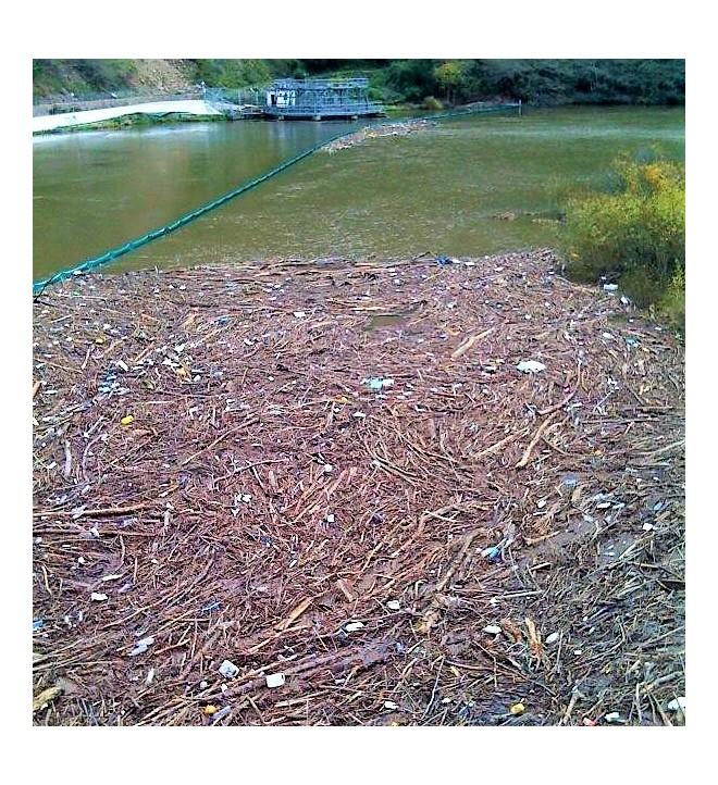 GRINTEC protección río centrales hidroeléctricas plástico escombros flotantes