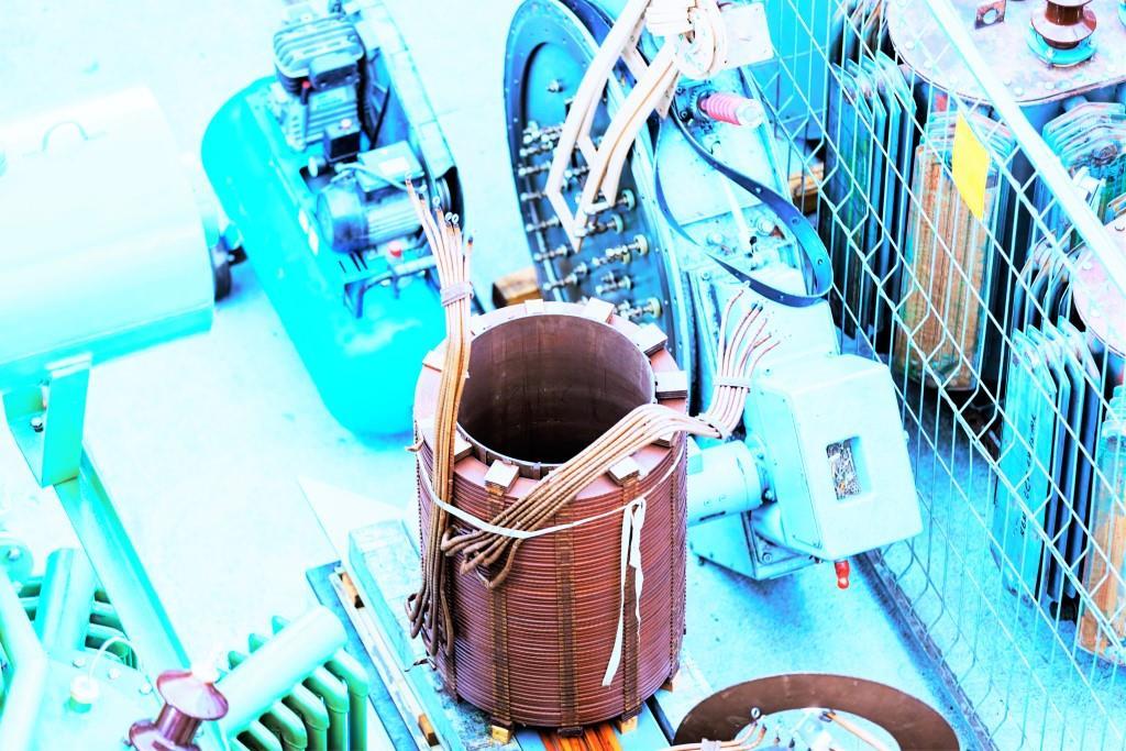 transformateur fuyard sans bac de rétention SANERGRID fuite et pollution des sols
